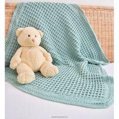 Babydekentje haken in wafelsteek met Giza van Borgo de Pazzi Crochet Pillow, Baby Blanket Crochet, Crochet Stitches, Crochet Bebe, Diy Crochet, Crochet Hats, Manta Crochet, Handmade Headbands, Handmade Gifts