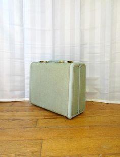 Vintage 1940s 1950s Samsonite Small Suitcase  Seafoam Aqua