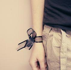 cute easy way to use ribbon