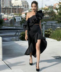 Hay New York. Ready for round 2. #NYFW2017 . . Dress- @fashionnova