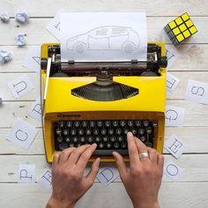 {Kidding}  Quando mi chiedono perché amo il mio lavoro io rispondo sempre perché mi rende libero e creativo   Una delle mie più vecchie passioni è la scrittura ed è proprio così che è nato tutto. Il mio blog la scelta universitaria pensieri sparsi  scritti un po' ovunque altri chiusi nel cassetto... e poi lei così gialla e così desiderata  la macchina da scrivere che non poteva mancarmi.  Questa volta ho sfruttato la mia passione per rappresentare attraverso le lettere la nuovissima #Micra…
