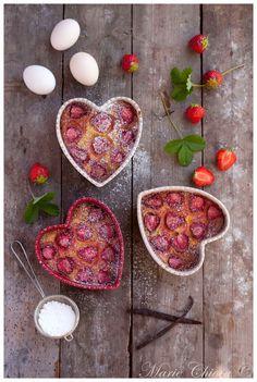 Clafoutis coco-vanille aux fraises Mara-des-bois ( IG Bas, Sans Lait )