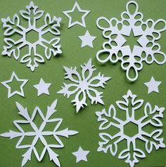 Come fare fiocchi di neve con la carta