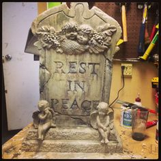 DIY Tombstone- I found the 2 little angels to add to my tombstone. #hotwirefoamfactory, #DIYhalloween, #halloween, #DIYtombstones