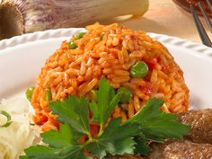 Djuvec rice - this is how the Serbian classic succeeds DELICIOUS - Rice Recipes Healthy Cooking, Cooking Recipes, Healthy Recipes, Rice Recipes For Dinner, Serbian Recipes, Homemade Soup, Evening Meals, Cauliflower Recipes, Love Food