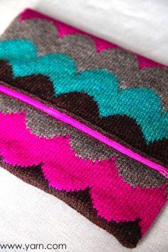 Scallop of the Sea clutch knit in Cascade 220 Sport