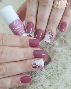 Installation of acrylic or gel nails - My Nails Pedicure Nail Art, Gel Nail Art, Acrylic Nails, Gorgeous Nails, Pretty Nails, Matte Nails Glitter, Vacation Nails, Classic Nails, Flower Nails