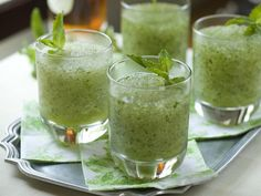A cocktail for the Southern Dad: Frozen Mint Julep>> http://www.hgtv.com/entertaining/frozen-mint-julep-cocktail-recipe/index.html?soc=pinterest