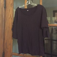 Plum Colored GAP Blouse Deep Purple Blouse that is looser in the chest and tightens around the waist. 3/4 length sleeves. perfect for work! GAP Tops Blouses