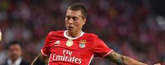 Manchester United are close to wrapping up the signing of Benfica defender Victor Lindelof reports the Sunday Mirror. United boss  Source