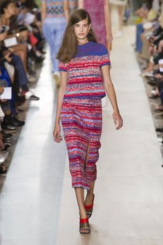 Tory Burch Spring 2015 Runway Pictures - StyleBistro