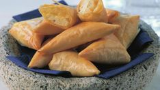Cheese fillo triangles (Tiropitakia) recipe - 9Kitchen