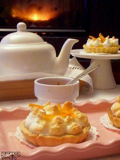 7gramas de ternura: Tarteletes de Lemon Curd Merengadas com Calda de Laranja