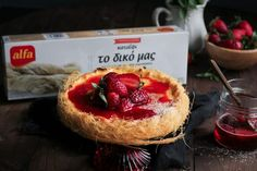 Cheesecake με Καταΐφι Cheesecake, Camembert Cheese, Strawberry, Fruit, Desserts, Food, Tailgate Desserts, Deserts, Cheesecakes