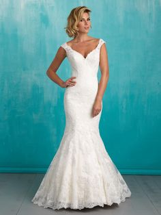 Allure Bridals 9322 Allure Bridal ROBIN'S Bridal Mart | St. Louis Dress Store | St. Louis Prom Shop