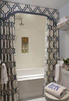 I love this shower curtain idea, with the valance and the curtains going up to the ceiling.  In a small bathroom, this would create an illusion of grandeur. by San2rum