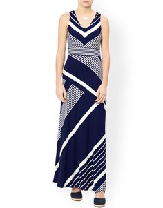 Made from soft, form-flattering jersey, our Melinda shorter-length maxi dress is printed with variegated stripes, and features a scooped neckline and nipped-in waist for the most form-flattering fit. Model wears UK 8/UK S/EU 36/US 4. Model height is 175 cm/5