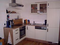 Landhof Schober**** - Goed uitgeruste keuken Kitchen Cabinets, Home Decor, House, Decoration Home, Room Decor, Cabinets, Home Interior Design, Dressers, Home Decoration