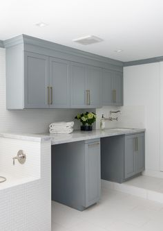 Category: Coastal Homes Blue Gray Kitchen Cabinets, Painting Kitchen Cabinets, Kitchen Cabinetry, Accent Wall Colors, Grey Paint Colors, Ranch Homes For Sale, Sherwin Williams Gray, Comfort Gray, Colored Ceiling