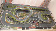 Ho Slot Cars, Slot Car Racing, Slot Car Tracks, Race Tracks, Scalextric Track, Carrera Slot Cars, Car Table, Courses, Slot Cars