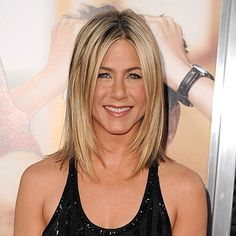 Jennifer Aniston at premiere of Horrible Bosses- 2012, Jennifer Aniston blonde bob