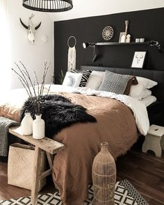 Trendy Bedroom Black Brown Lights Ideas - New Ideas Bedroom Black, Bedroom Brown, Black Bedroom Furniture, Black Bedding, Grey Brown Bedrooms, Dark Bedrooms, Brown Bedding, Black Headboard, Bedroom Neutral