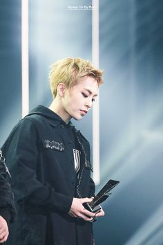 XIUMIN _ 161116 Asia Artist Awards