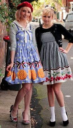 Aren't these outfits cute? Japan Fashion, Kawaii Fashion, Lolita Fashion, Cute Fashion, Girl Fashion, Lolita Mode, Style Lolita, Frilly Dresses, Cute Dresses