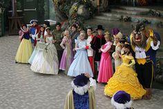 The Disney Princess and Prince Photo Shoot / http://www.tutorfrog.com/the-disney-princess-and-prince-photo-shoot-6/