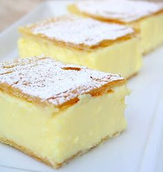 Magic Custard Cake Vanilla Slice - like a vanilla custard pie bar. (Reminds me of a Rum Cake that a local bakery once made. Yellow cake on the bottom {soaked with rum simple syrup}, a layer of custard and filo pastry top. Brownie Desserts, Just Desserts, Dessert Recipes, Recipes Dinner, Breakfast Recipes, Magic Custard Cake, How Sweet Eats, Dessert Bars, Sweet Recipes
