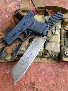 Golok  http://www.geargunsandknives.com