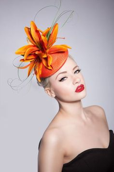 IFORD Ascot Races Lily Hat with butterflies