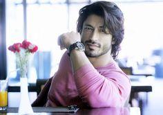 Vidyut Jammwal #Bollywood #India #Hot #VidyutJammwal #VidyutJamwal