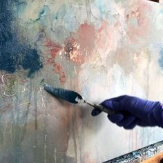 Using a palette knife and fingers to create beautiful paintings. Acrylic Pouring Art, Acrylic Art, Acrylic Painting Canvas, Faux Painting Walls, Abstract Canvas Art, Oil Painting Abstract, Abstract Painting Techniques, Art Techniques, Painting Tutorials