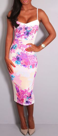 One day I am going to wear a dress like this and look fabulous!!