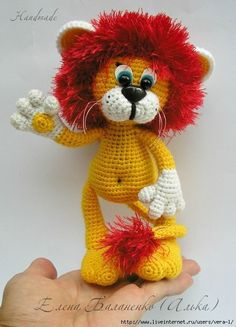 Crochet Bunny, Crochet Toys, Free Crochet, Cute Desk Accessories, Bunny Toys, Christmas Toys, Easy Crochet Patterns, Animal Hats, Stuffed Toys Patterns