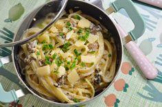 Pâtes sauce ail-parmesan & champignons de Paris   Lorni te gave.. de GRAS.