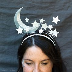 Haarreif Fasching basteln Feen Mond Sterne Haarreif Fasching basteln Feen Mond Sterne The post Haarreif Fasching basteln Feen Mond Sterne appeared first on Pinova - Paper Crafts Diy Carnaval, Costume Carnaval, Halloween Kostüm, Diy Halloween Costumes, Diy Halloween Headbands, Headdress, Headpiece, Sun And Moon Costume, Karneval Diy