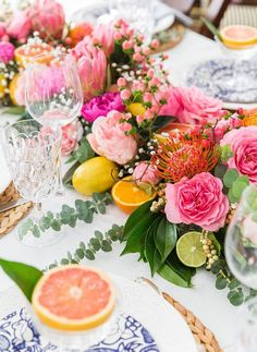 57 Fresh Centerpieces and Decorations to Spruce Up Your Table For Spring fruit and flower spring centerpiece Fruit Decorations, Mason Jar Centerpieces, Wedding Table Centerpieces, Decoration Table, Floral Centerpieces, Centerpiece Ideas, Summer Centerpieces, Table Arrangements, Floral Arrangements
