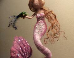 Sirenita de fieltro de aguja Waldorf inspirado lana de