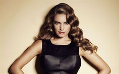 Download wallpapers Kelly Brook, 4K, British actress, portrait, fashion model, black leather dress