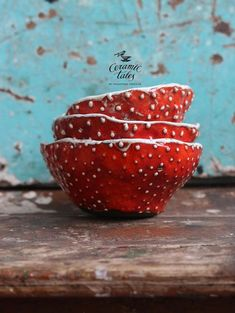 Love these mushroom bowls on etsy! Ceramic Mugs, Ceramic Pottery, Ceramic Art, Mugs And Jugs, Pottery Sculpture, White Clay, Pottery Bowls, Clay Projects, Bowl Set