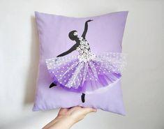 Ballerina Painting, Purple Pillows, Felt Gifts, Homemade Christmas Gifts, Christmas Pillow, Felt Hearts, Easter Gift, Handmade Decorations, Kids Decor