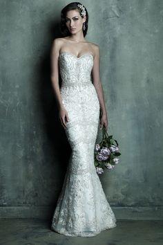 """""""Luxurious Sweetheart Natural Waist Wedding Dress """""""