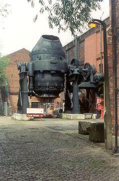Bessemer Converter Sheffield - Steel making