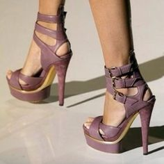 Gucci shoe |2013 Fashion High Heels| Though heel/platform is high. These shoes have superior construction. I can tell they are extremely comfortable. What a super color too.  Quality and class, you cannot beat these two elements.
