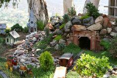 Beautiful and Spectacular Garden Railway ~ Goods Home Design