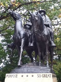 Jackson_and_Lee_Monument,_Front