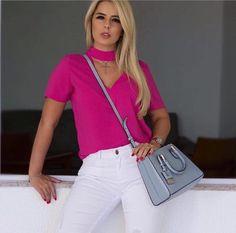 Blusa Melissa chocker crepe🎀 🌸R$149,90 🌸Tam PMG 🌑Compre em nosso site WWW.SIBELLEMODAS.COM.BR 🌑Cartão de crédito 06x sem juros Paypal ou 04 x sem juros Pagseguro 🌑Desconto a vista 8% (Depósito ou Transf) 🌑Whatsapp para DUVIDAS (11)961837847 RENATA ou email sibellemodas@hotmail.com 🌑📦Frete Grátis acima R$350,00