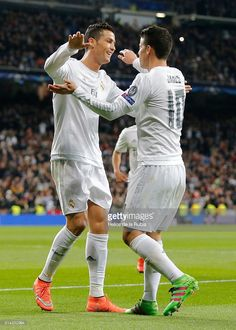 cristiano-ronaldo-and-james-rodriguez-of-real-madrid-celebrate-after-picture-id514352994 (731×1024)